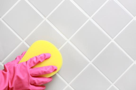 czyszczenie płytki łazienkowe